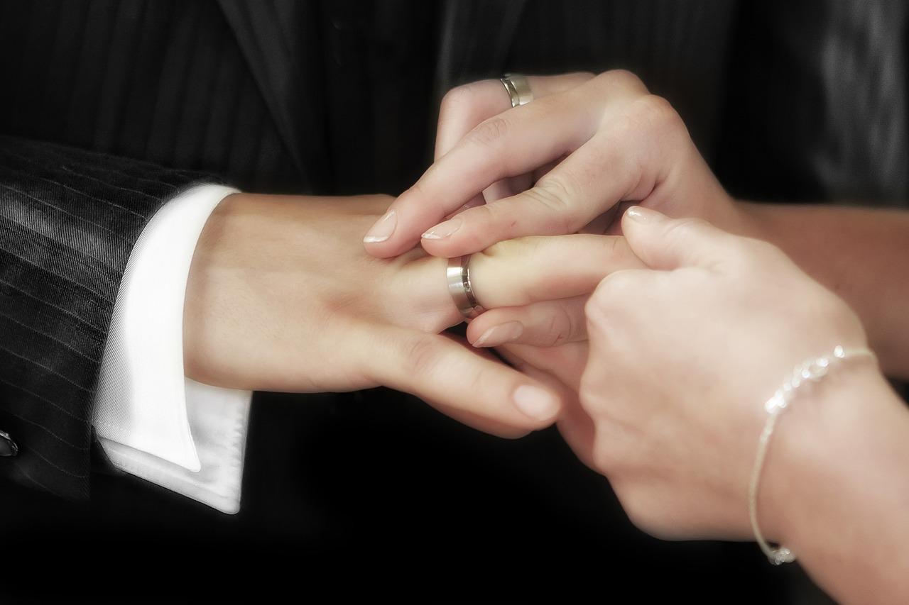 結婚式…やっぱりしたいよね